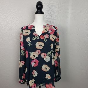 Cabi #971 Floral Long Sleeve Popover Top Small